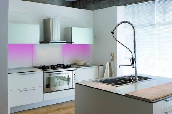 beleuchtung nach gusto on light licht im netz. Black Bedroom Furniture Sets. Home Design Ideas