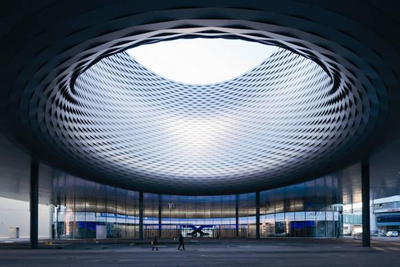 Highlight mit blick in den himmel on light licht im netz - Architekturburo basel ...