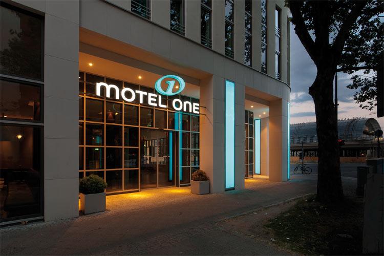 Motel One Mobel