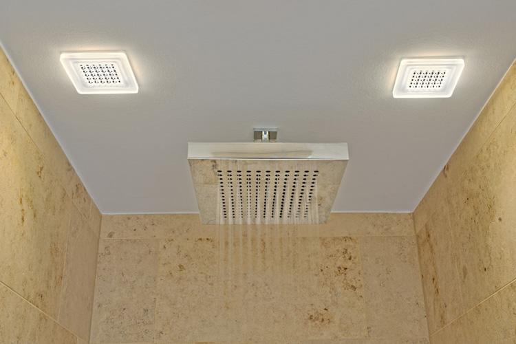sylter ansichten led high tech zwischen d nen on light licht im netz. Black Bedroom Furniture Sets. Home Design Ideas