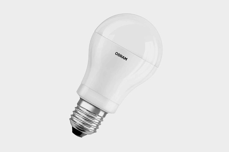 leistungsstarke led lampen f r unter zehn euro on light licht im netz. Black Bedroom Furniture Sets. Home Design Ideas