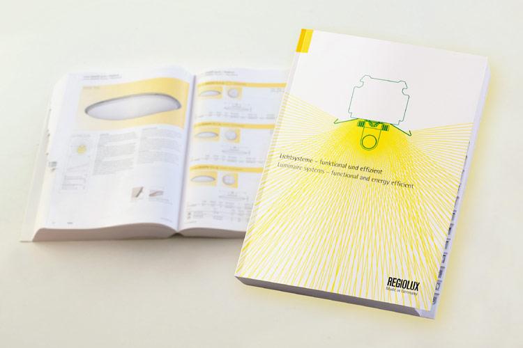 neuer katalog von regiolux lichtsysteme funktional und effizient on light licht im netz. Black Bedroom Furniture Sets. Home Design Ideas